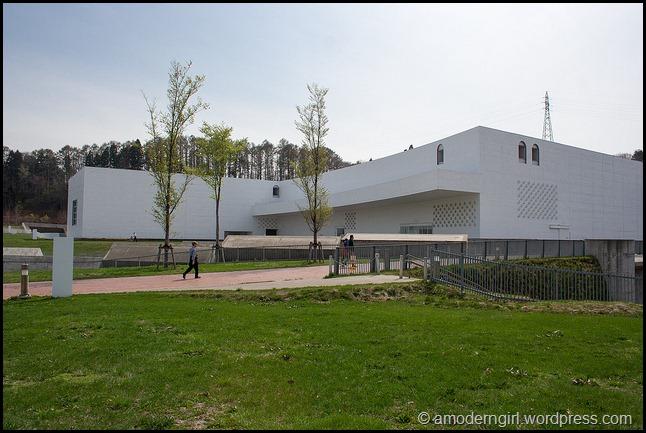 aomoriartmuseum2